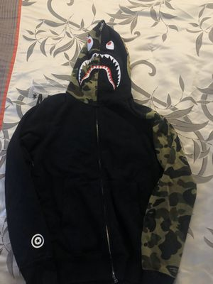 BAPE A Bathing Ape Full Zip Up Hoodie size Medium for Sale in Fremont, CA