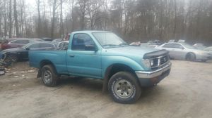 95 tacoma 4x4 for Sale in Silver Spring, MD