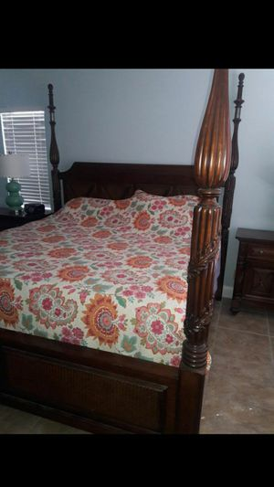 Tommy Bahama King Bedroom for Sale in Margate, FL