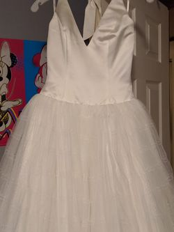 Vera Wang Wedding Dress for Sale in Springfield,  IL