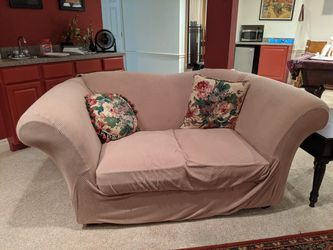 Floral Loveseat with Couch Cover for Sale in St. Louis,  MO