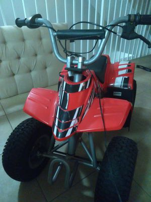 Razor Dirt Quad Electric 4 wheeler with disc brakes for Sale in Boca Raton, FL
