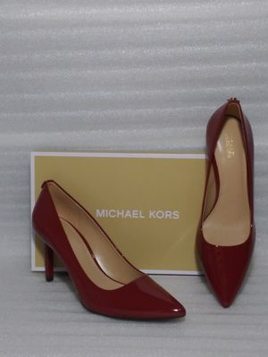 Michael Kors heels. Size 8.5 women's shoe. Patent leather. Brand new in box for Sale in Portsmouth, VA