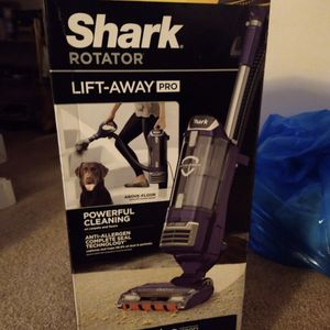 Shark Pro Vacuum for Sale in Mount Rainier, MD