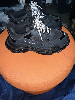 Balenciaga Triple s clear sole, TRADES? for Sale in Edgewood, MD
