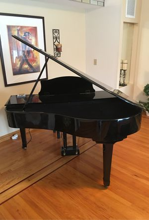 Seeing floppy disk player piano in Mint condition... used less than 6 times.I paid $3,900 and would sell for $2,300. Call TOM at . Locate for Sale in Staten Island, NY