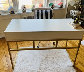 White Gold Office Desk for Sale in Brooklyn,  NY