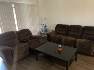 COUCH AND COFFEE TABLE for Sale in Tampa, FL