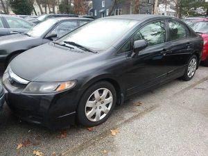 2009 Honda Civic 4 doors 4 cylinders All power 34 mi/gallon for Sale in Manassas, VA