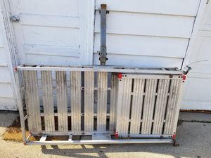 Hitch hauler with ramp for Sale in West Allis, WI