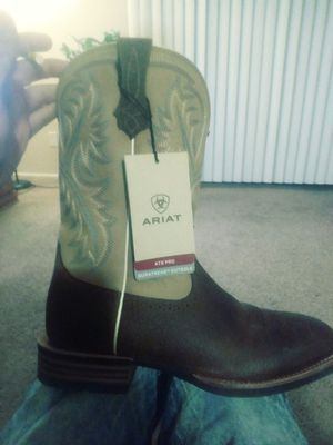 Ariat quickdraw work boots size 9.5 for Sale in Murray, UT