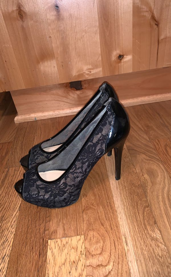 Guess size 7 heels