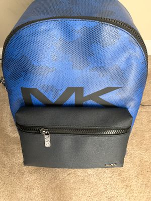 Like New Men's Michael Kors backpack for Sale in Atlanta, GA