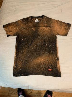 Custom Supreme T-Shirt for Sale in Los Angeles, CA