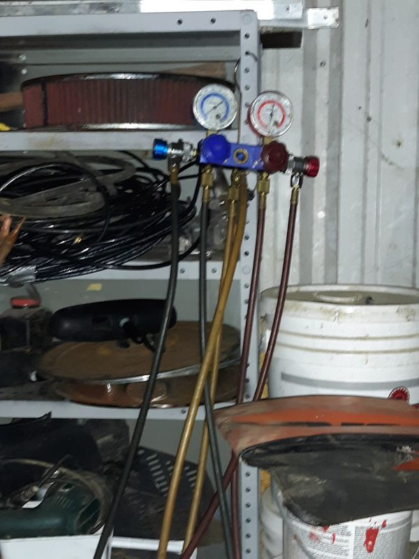 Robinair automotive A/C freon gauges!!