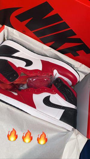 Jordan 1 satin snake skin for Sale in Miami, FL