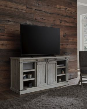 📣3-6 DAYS DELİVERY📣👉 ♥️$39 down payment🎈- Carynhurst Whitewash Large TV Stand | W755-48 for Sale in Laurel, MD