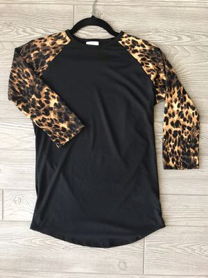 XS LuLaRoe Randy Tee for Sale in Oakboro, NC