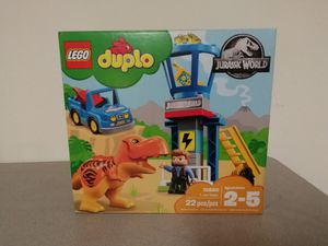 Vaulted jurrasic world duplo for Sale in Rosemead, CA