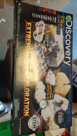 Discovery Extreme Earth Exploration Set for Sale in Sahuarita, AZ