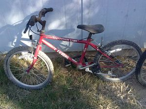 Trek kids mountain bike 6sp. for Sale in Phoenix, AZ