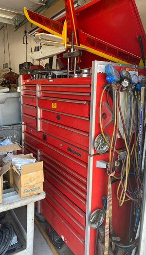 Snap on tool box. Top and bottom. 54 inch for Sale in Lakeside, CA