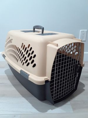 Pets kennel small size for Sale in Phoenix, AZ