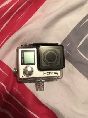 GoPro Hero 4 with accessories for Sale in Austin, TX