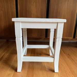 Chalk White Table (distressed Wood) for Sale in Portland, OR