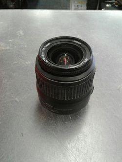 Nixon AF-S Nikkor 18-55mm Zoom Lens for Sale in Chesapeake,  VA