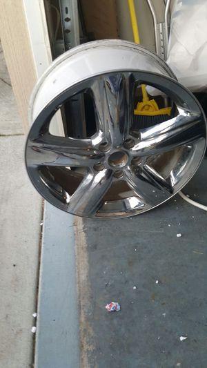 "2011-2013 Dodge Durango Citadel 20"" chrome rim for Sale in Saint Robert, MO"