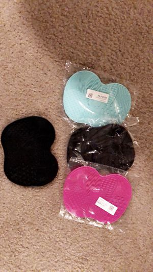 Makeup brush cleaners for Sale in Independence, MO