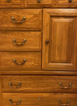 Oak Wood Dresser for Sale in Tucker,  GA