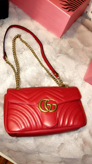 Gucci shoulder bag never used for Sale in Boston, MA