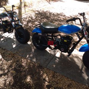 200cc Adult Mini Bikes $600 A Piece 1100 For Both Serious Buyers Only for Sale in Fort Worth, TX