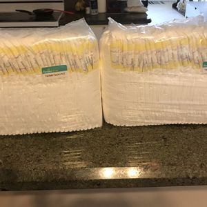 Diapers size 3 (new) for Sale in West Palm Beach, FL