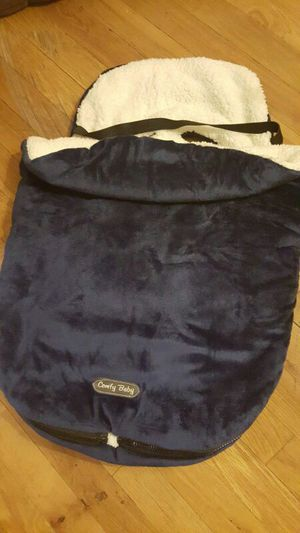 Baby cover car seat like new for Sale in Boston, MA