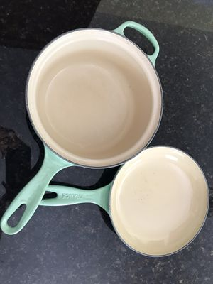 Le Creuset Multifunction Pan, 2.5 qt. in Avocado Green for Sale in Miami, FL