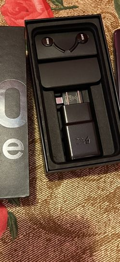 Samsung S10e Unlocked Brand New for Sale in Brooklyn,  NY