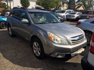 2010 Subaru Outback for Sale in Cleveland, OH