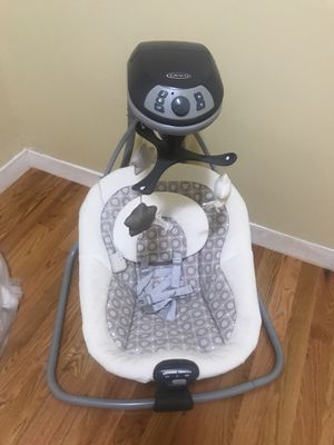 Graco Infant/baby swing for Sale in Boston, MA