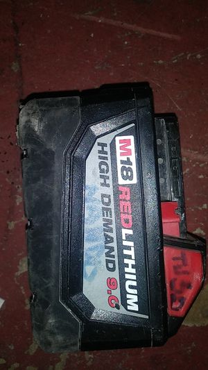 9 amp milwakee battery for Sale in San Antonio, TX