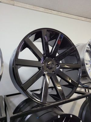 22 inch DUB shot calla 6x139 for Sale in Phoenix, AZ