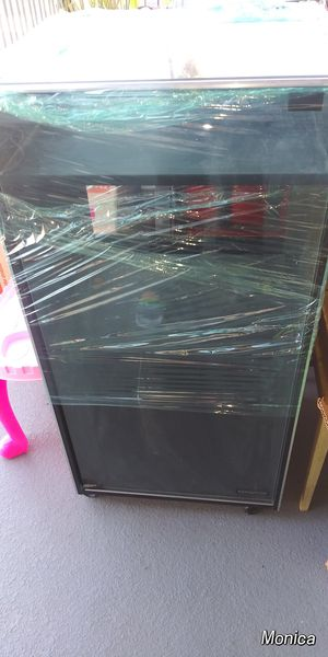 1980's Vintage Glass Top Cabinet for Sale in Whittier, CA