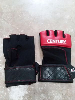 UFC gloves boxing for Sale in Grand Prairie, TX