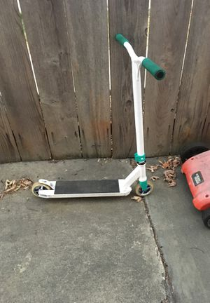 It's a good scooter I don't ride it like that no more so asking it for Sale in Benicia, CA