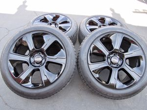 """21"""" oem Range Rover Land Rover factory wheels 21 inch gloss black rims Rover sport Goodyear tires for Sale in Tustin, CA"""