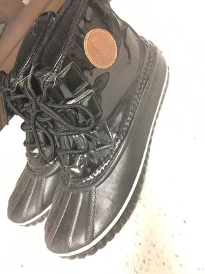 London Fog Rain Boots size 8 for Sale in Dallas, TX