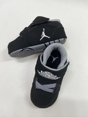Baby Jordan's Size 3 Authentic Baby Jordan's SIZE 3 crib shoes for Sale in National City, CA