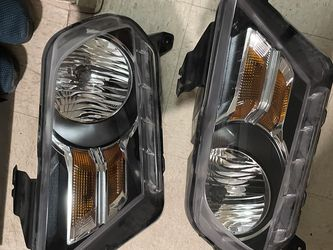 2011 Ford Mustang Headlights for Sale in Tacoma,  WA